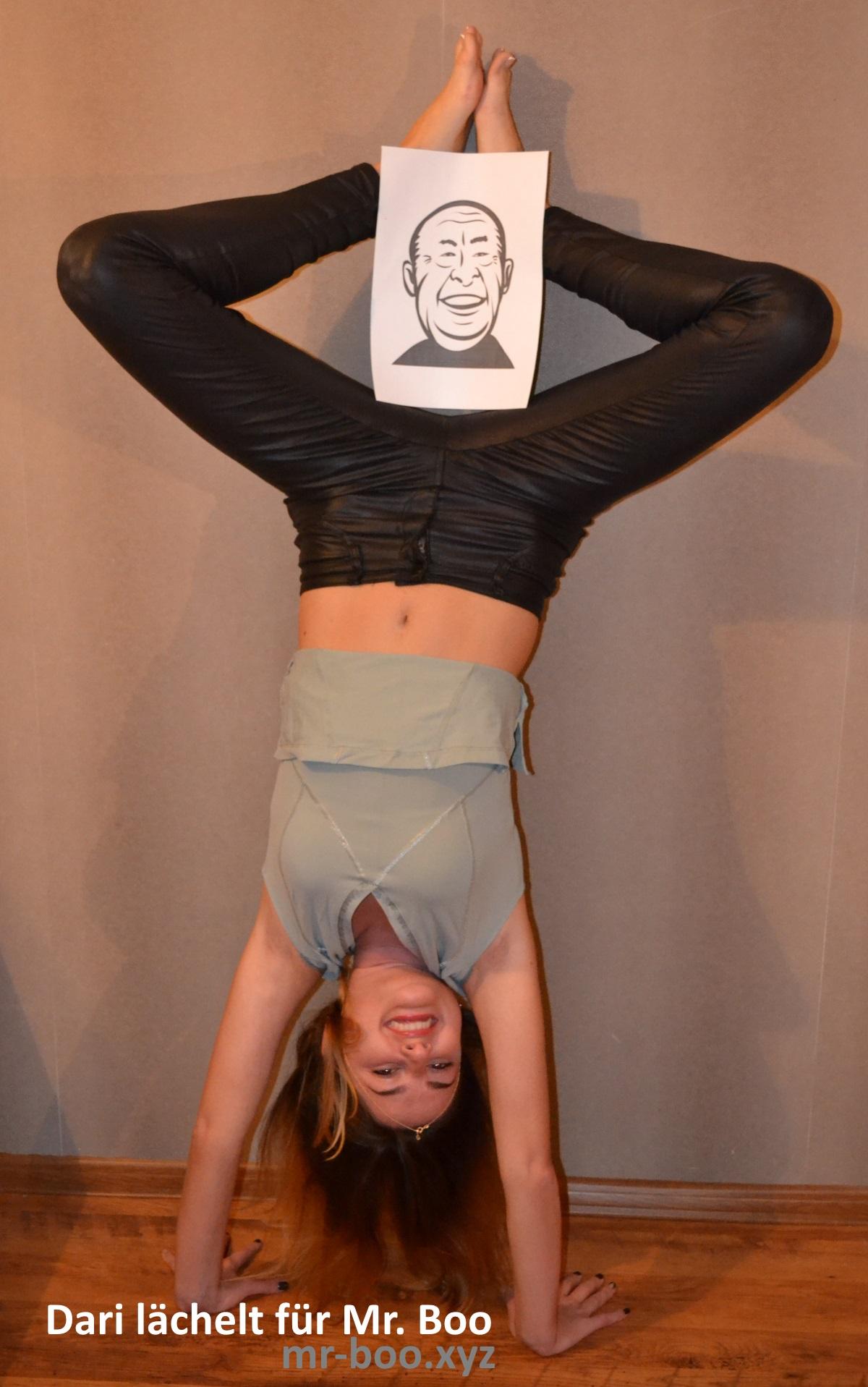 daria-handstand-mr-boo